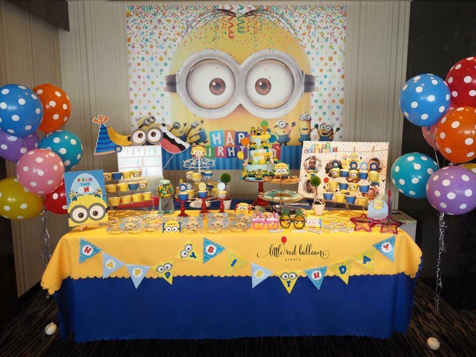 Minions Theme Dessert Table