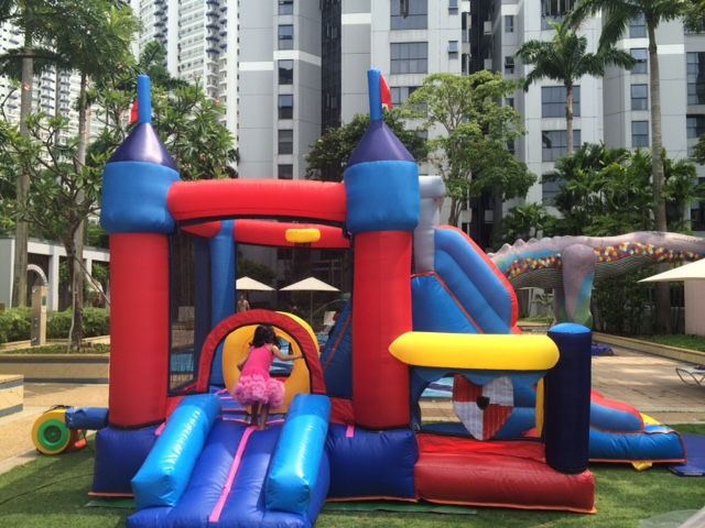 $418 - Dimension: 4.9m x 3.2m x 3m (H) - Up to 8 Children - Rates for 4 hours session