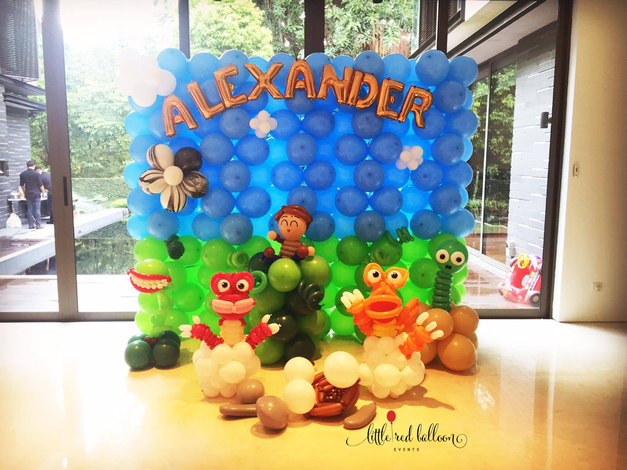 Leading balloon decorator little red balloon singapore for Balloon decoration packages
