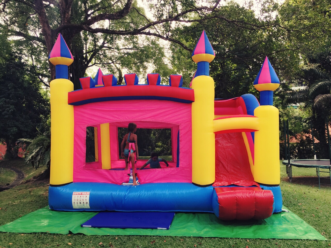 $480 - Dimension: 5m x 4m x 3.5m (H) - Up to 10 Children - Rates for 4 hours session
