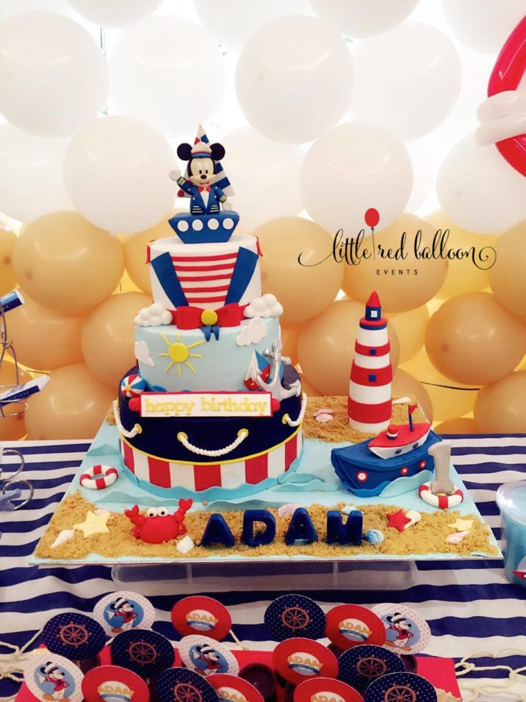 mickey-mouse-customised-cake
