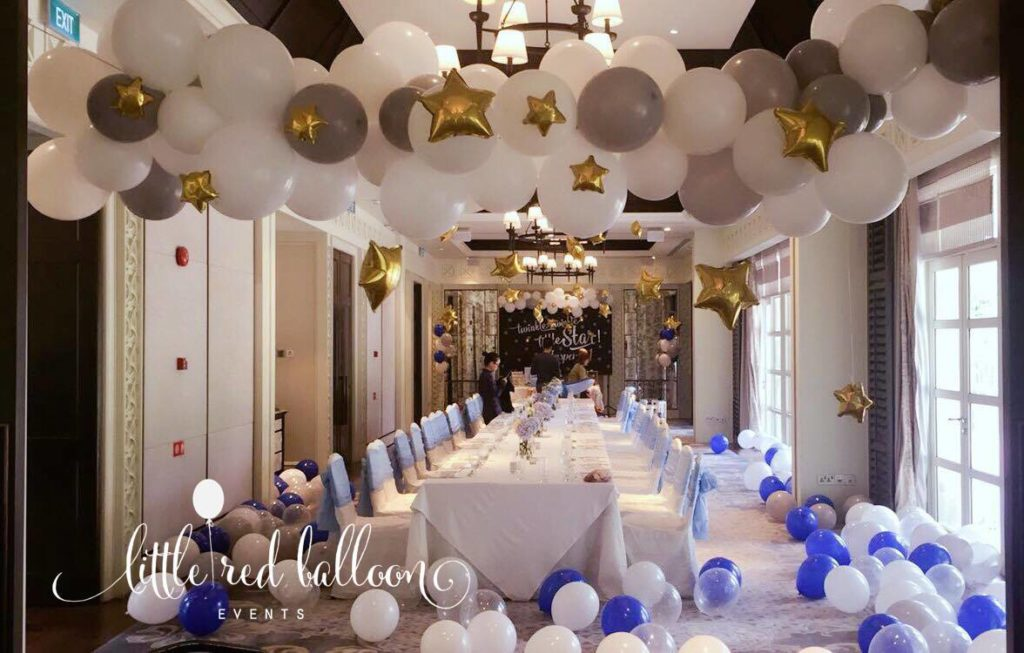 Twinkle themed party little red balloon singapore for Cuarto lleno de globos