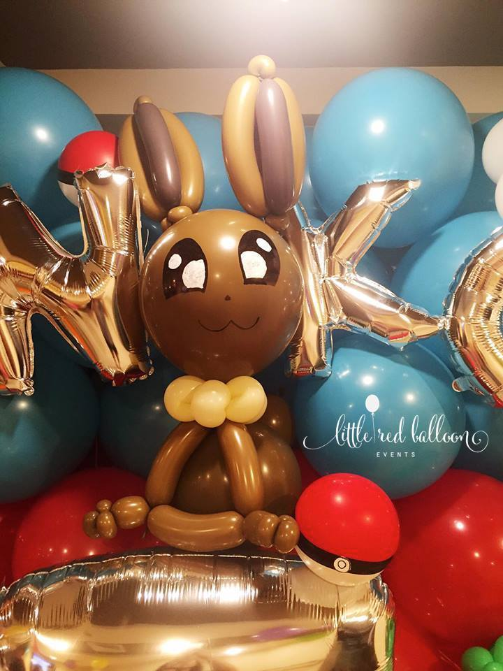 balloon-pokemon-sculpture-eevee