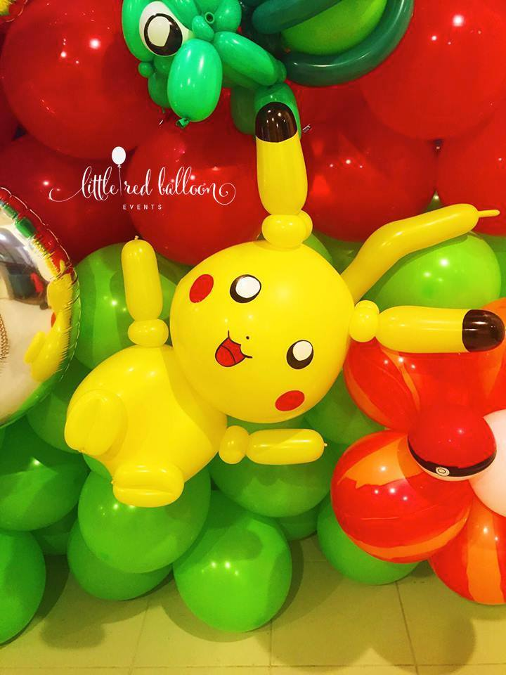 balloon-pokemon-sculpture-pikachu
